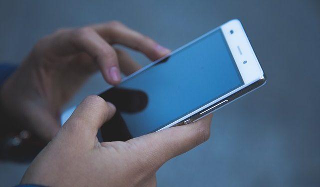 Ice Universe назвал обои, способные вывести из строя смартфон
