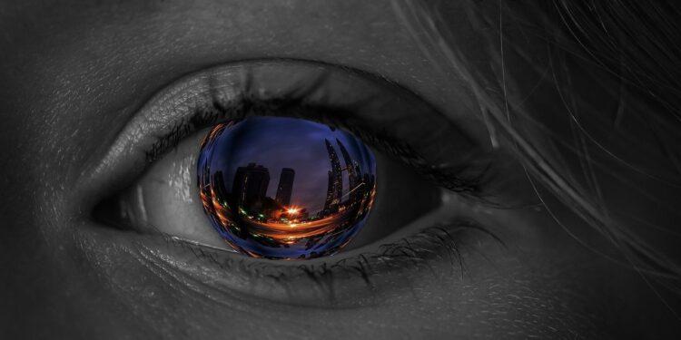 В мире создали самое тонкое оптическое зеркало