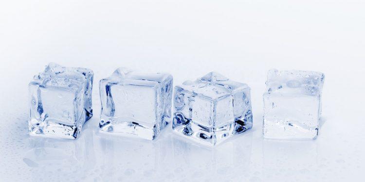 Наночастицы и лёд превратили обычную целлюлозу в легчайший проводник