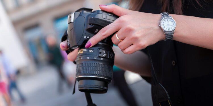 Представлена полнокадровая беззеркальная камера Nikon Z 5