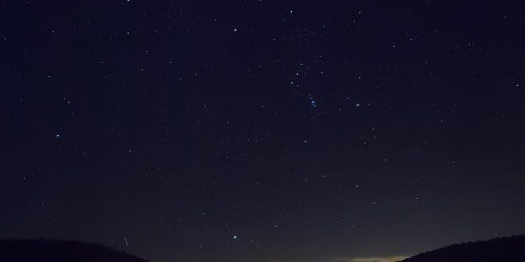 800 миллионов лет назад на Землю обрушился астероидный ливень