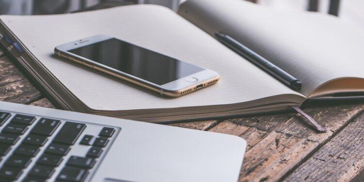 Эксперт сообщил о способе продлить срок службы мобильного телефона