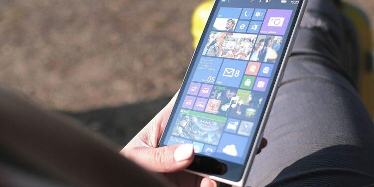 Nokia готовит к презентации сразу три новых смартфона