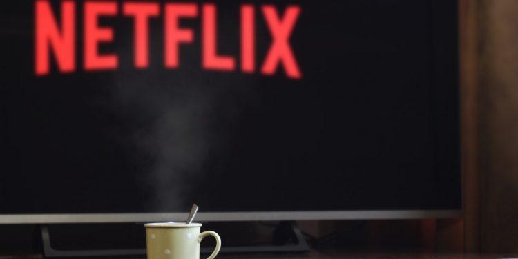 Netflix открыл бесплатный доступ к 10 фильмам