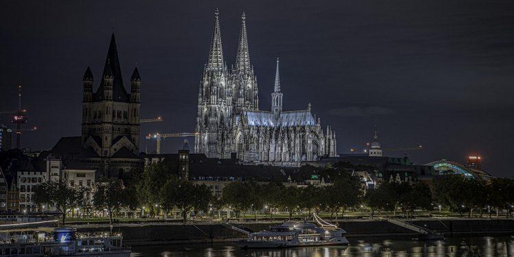 Крупнейший бордель в Европе обанкротился из-за COVID-19