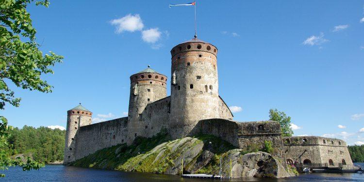 Финляндия может облегчить въезд для туристов из России