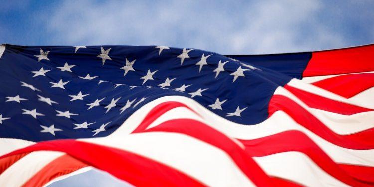 США ввели санкции против России и Украины за вмешательство в выборы