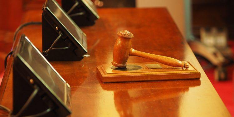 Суд приговорил Ефремова к восьми годам колонии за ДТП
