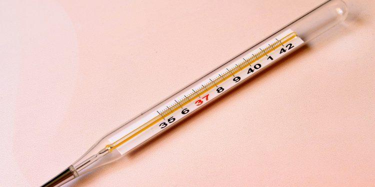 Мурашко сообщил о жалобах у привитых вакциной от COVID-19 добровольцев