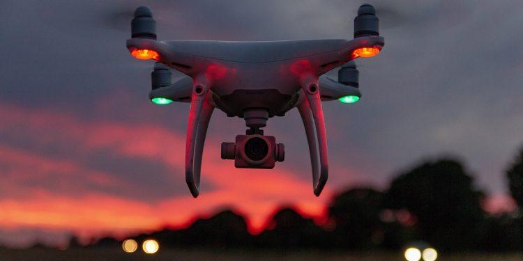 Китай провёл испытания роя дронов с мобильной пусковой установки
