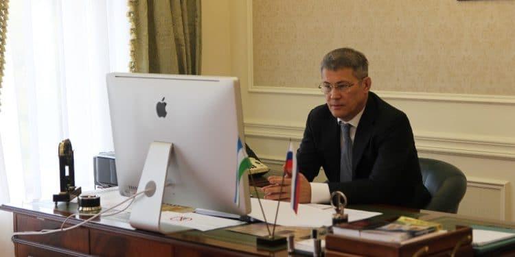 Радий Хабиров объявил конкурс на миллион рублей
