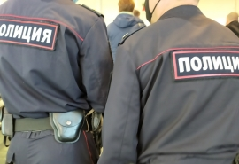 В Омской области сельчанин напал на полицейского за появление на чужой вечеринке