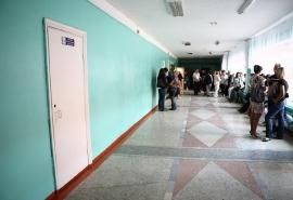 Роспотребнадзор усмотрел нарушения в столовой омской гимназии