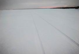 Омские спасатели закрыли ледовую переправу в Большереченском районе
