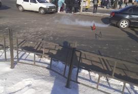 «Притерлись»: ДТП в центре омских Нефтяников спровоцировало дорожный коллапс