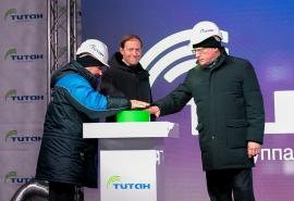 Мантуров принял участие в запуске производства изопропанола в Омске