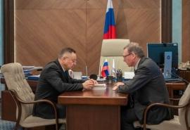 Омский губернатор Бурков повторно встретился с главой Минстроя РФ Файзуллиным