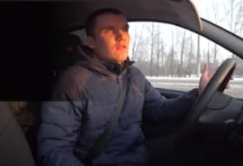 Омский таксист, снимающий конфликты с пассажирами для своего канала: «Работа в такси – это рабство»