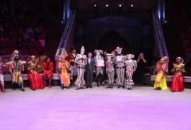 Фонд Манякина во Всемирный день цирка наградил династию Чугуновых