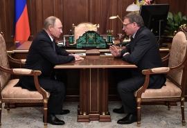 Глава Омской области Александр Бурков готовится к встрече с президентом России Владимиром Путиным